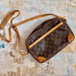Authentic Vintage Louis Vuitton Trocadero 27 Bag